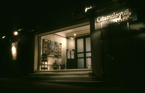 Foto 5_Fachada de la Sala de cine del Yaiza Borges en Santa Cruz de Tenerife