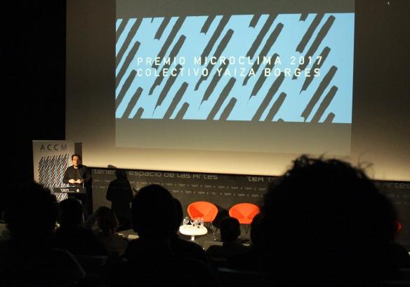06_Lectura de este discurso en el acto de entrega del premio Microclima 2017 a Yaiza Borges en TEA Tenerife Espacio de las Artes el 16-12-2017_Foto Haliam Pérez.JPG